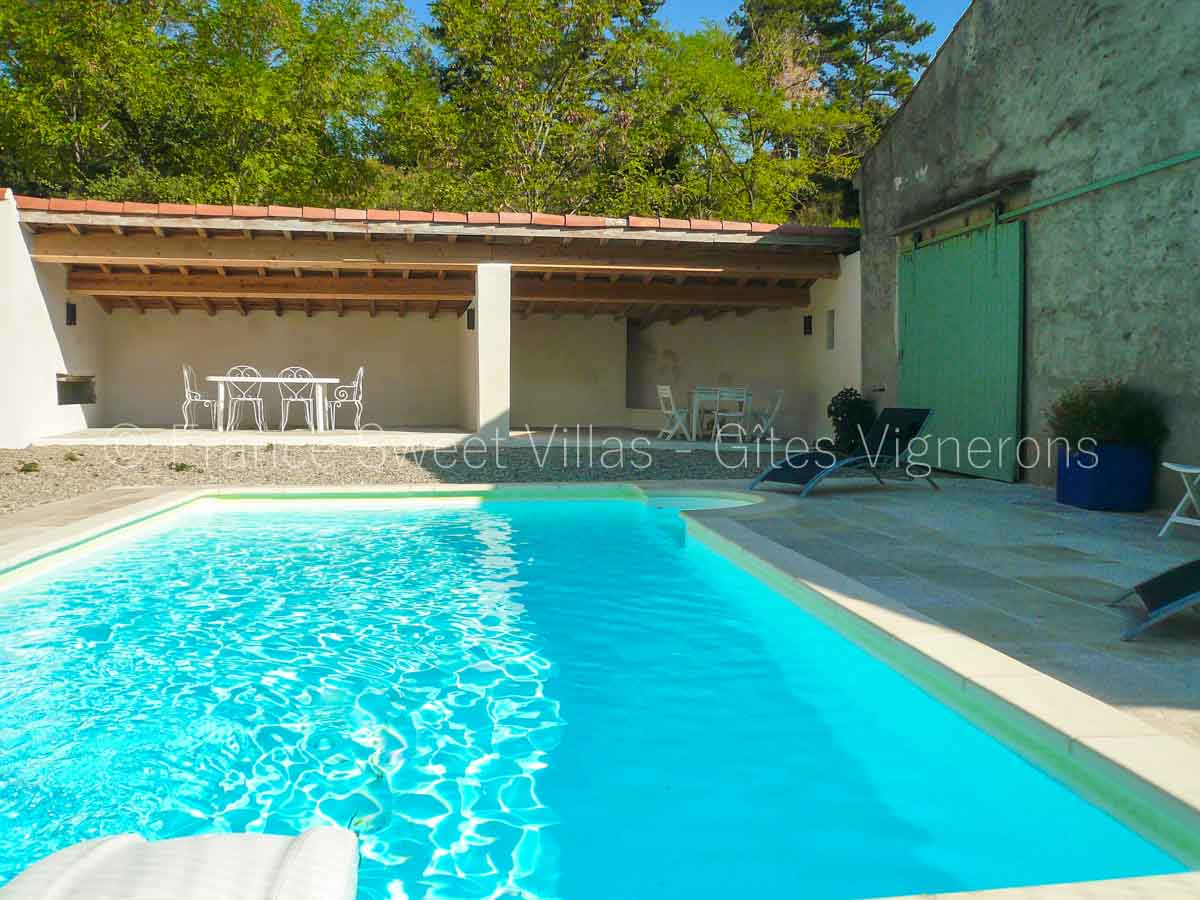 location maisons villas sud France AR04 Mas ASTHINE
