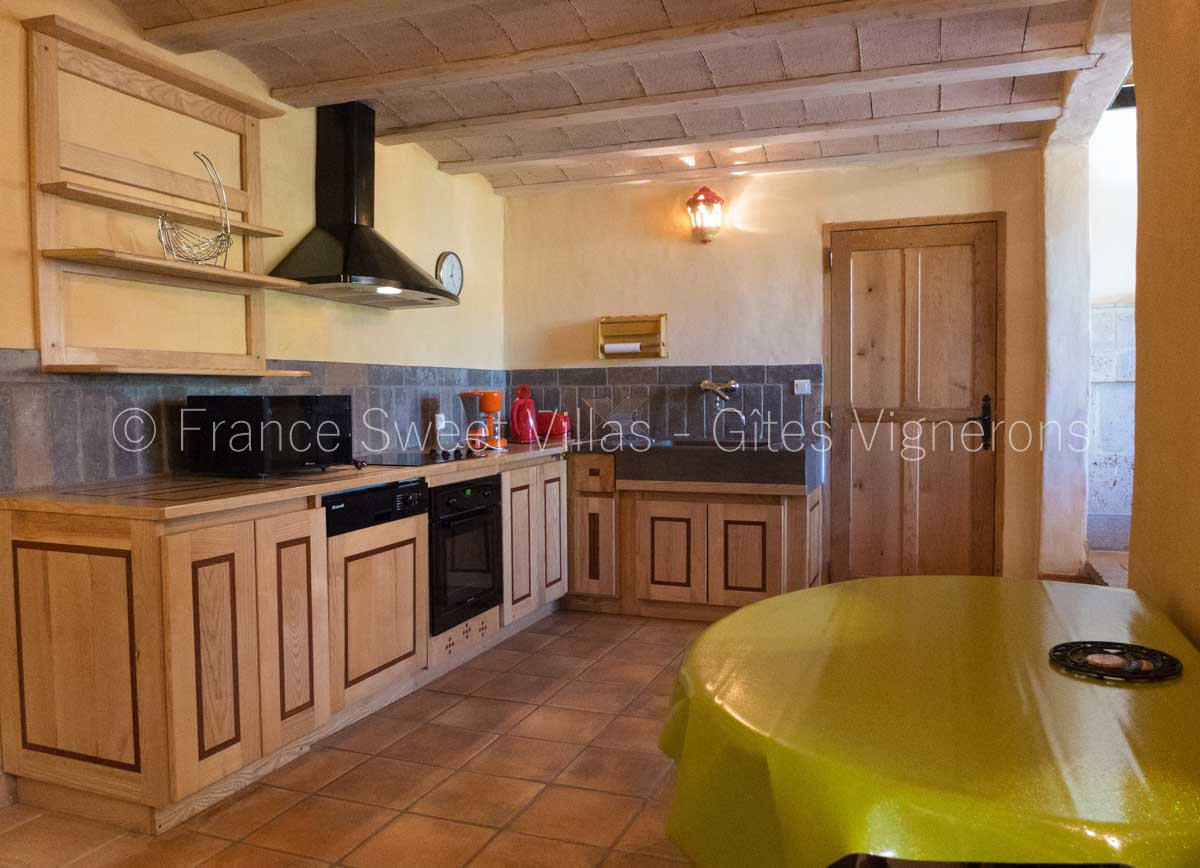 location maisons villas sud France AC09 Gite AMONILLE
