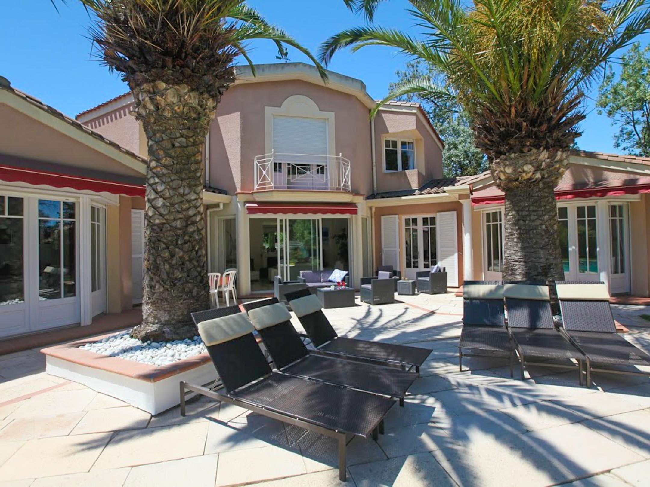 location maisons villas sud France AN27 Villa AUMELINE