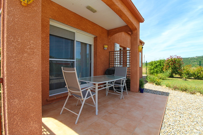 location maisons villas sud France AC24 Maison AMBRETTE